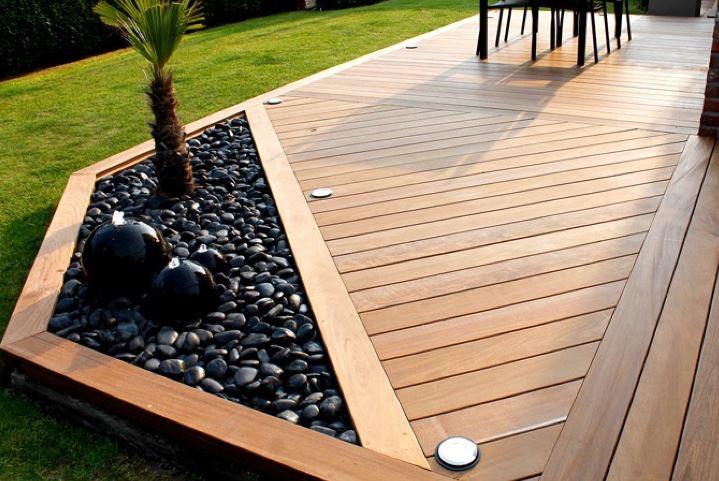 Terrasse bois sur plot ou piloti, terrasse béton sur dalle, vide sanitaire avec béton décoratif, ciré ou carrelage par votre artisan créateur 3