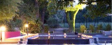 Fabrication, Pose, design et artisan terrassier électricien pour eclairage extérieur dans votre jardin, pose de luminaire, réseau et fourreau électrique