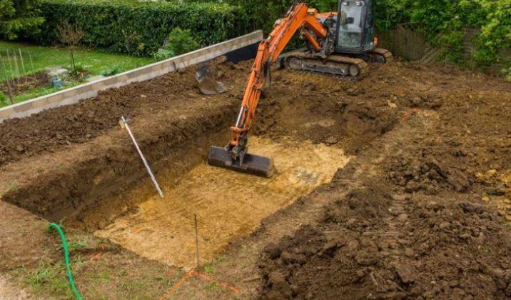 Terrassier pour terrassement fondation maison, garage, annexe, piscine